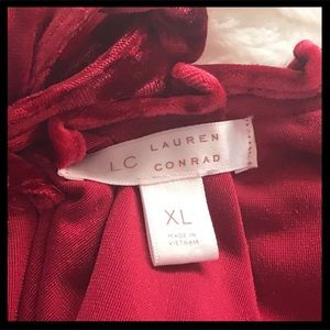 LC Lauren Conrad Tops - LC Lauren Conrad Velvet Pleated Top